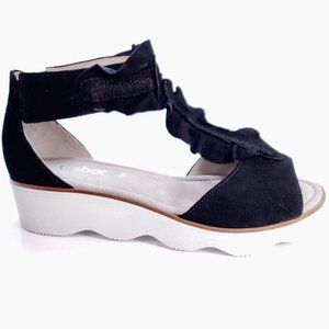 NIB Gabor Sz 7.5 Suede T-Strap Sandal Black 21.613